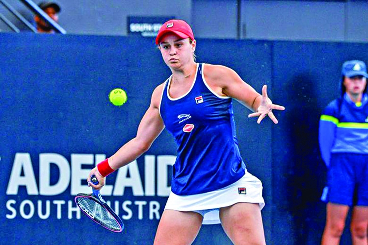 Barty survives scare to stay alive in Adelaide