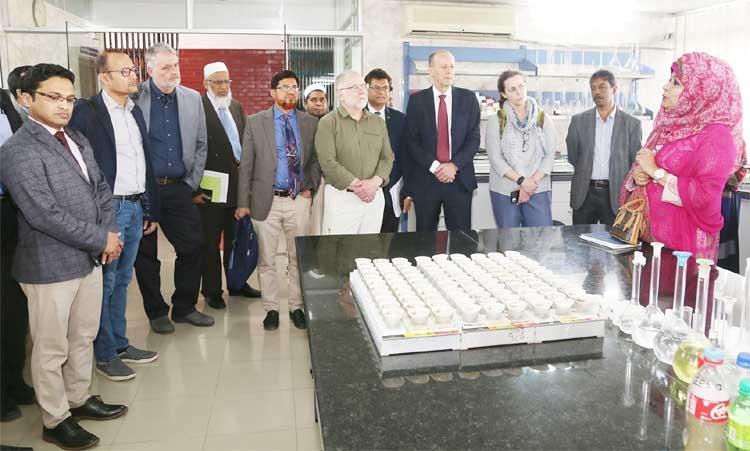Canada delegation visits BARI