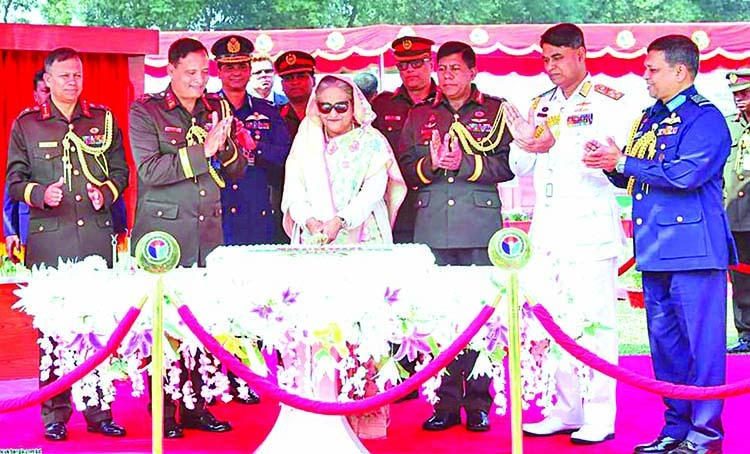 Keep vigil against social menaces: PM to armed forces
