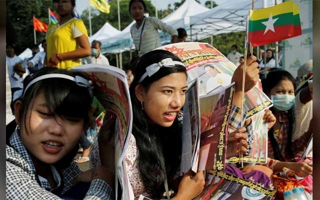 Myanmar nationalists hold pro-military rally