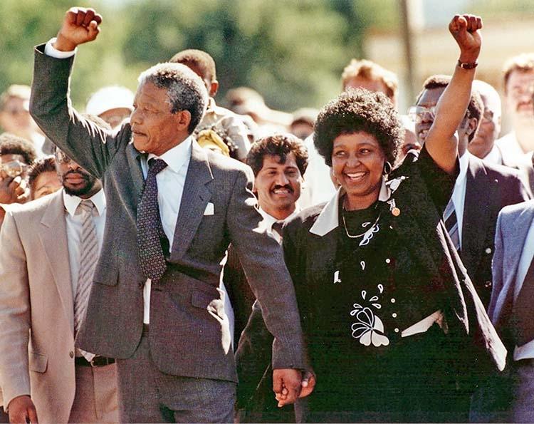 AP celeberates Mandela's release 30 years ago