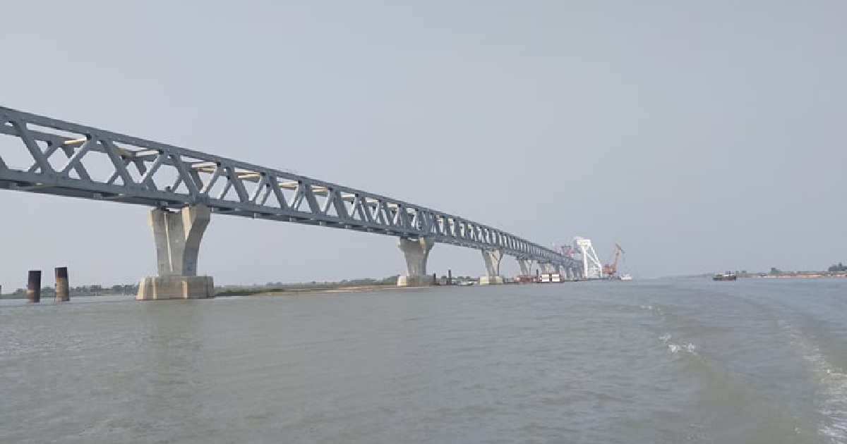 3.6km of Padma Bridge now visible after installation of 24th span