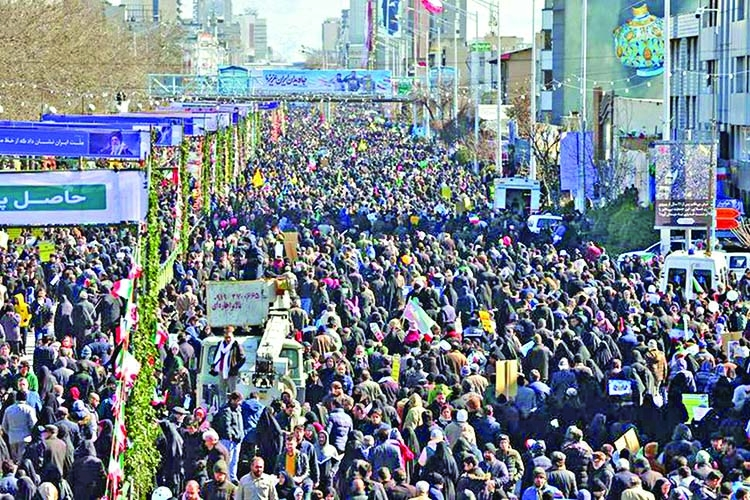 Thousands of Iranians mark revolution anniversary