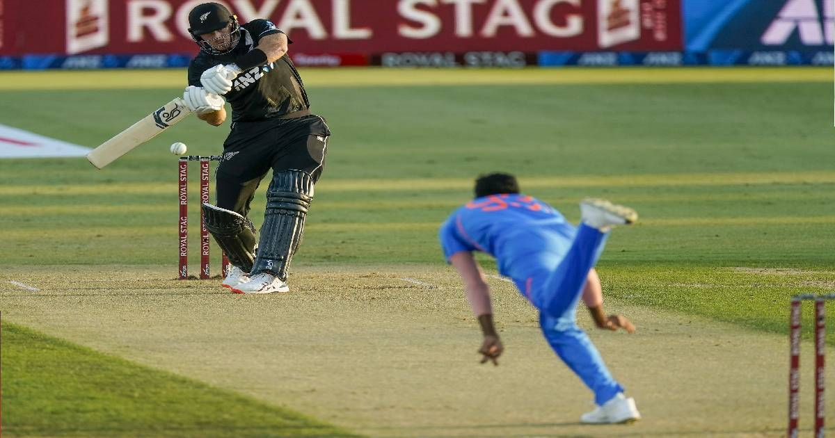 India loses to NZ again, handed 1st ODI whitewash since 1997