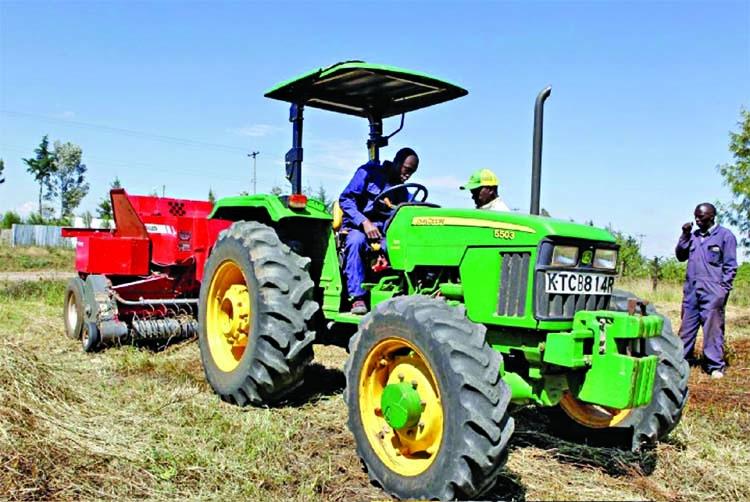 Deere taps tractor-hailing tech in bid to break ground