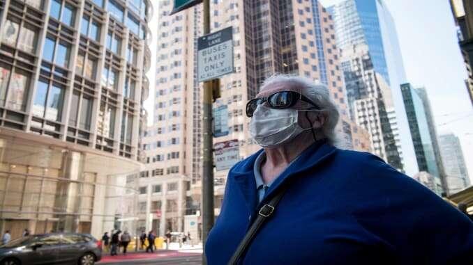 US confirms first coronavirus death