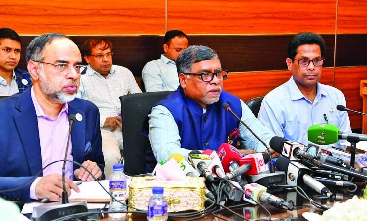 Govt cancels leave of all doctors, nurses