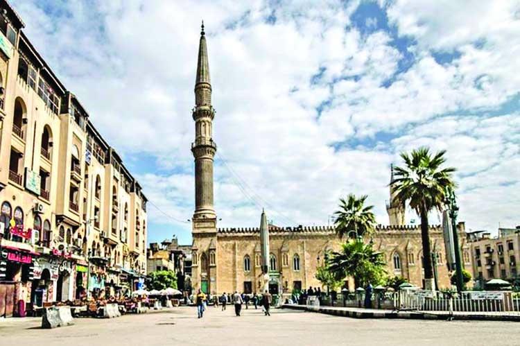COVID-19: Egypt closes mosques, churches