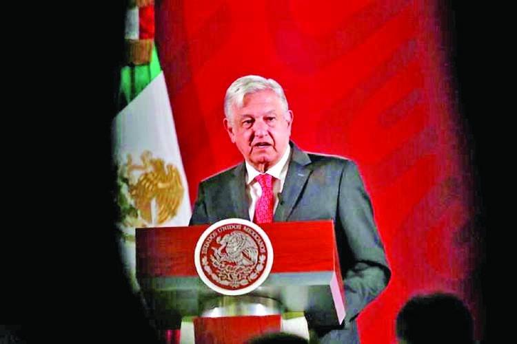 Mexico suspends refugee requests as coronavirus cases rises