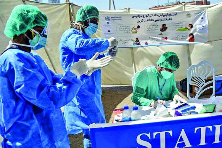 Coronavirus patients rush to join studies of Gilead drug