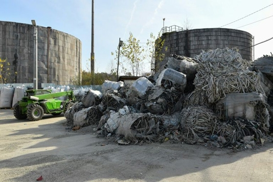 Activists concerned over increase in waste smuggling in Romania