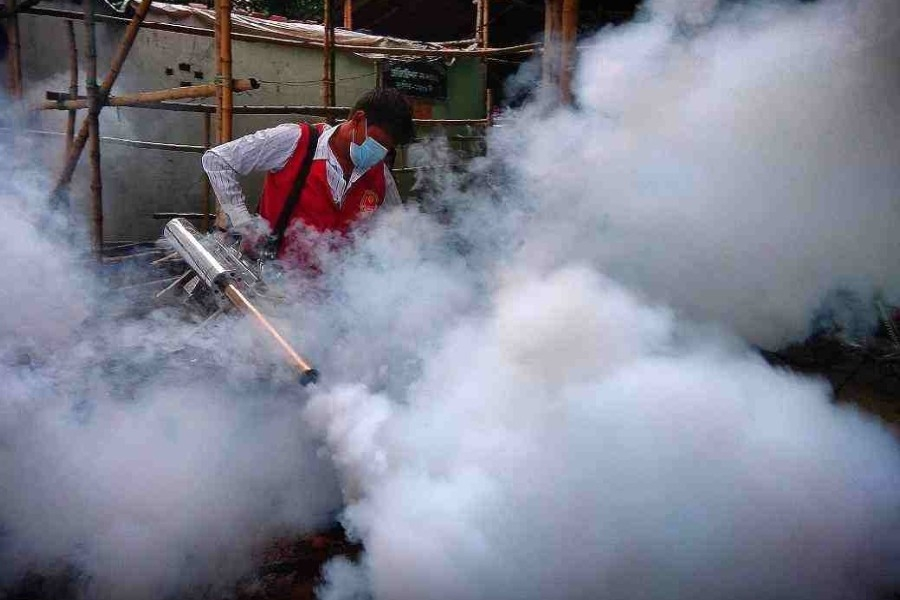 DNCC anti-mosquito drive: Houses, establishments fined Tk 46,000