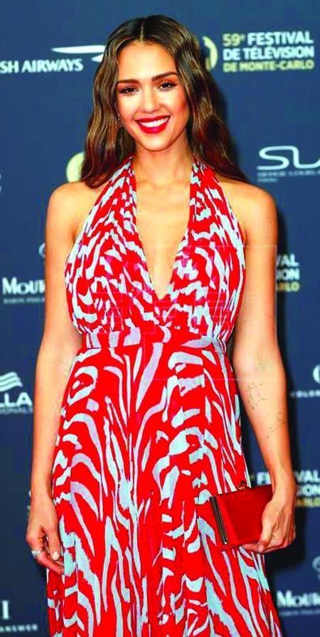 Alba to star in Netflix action-thriller 'Trigger Warning'