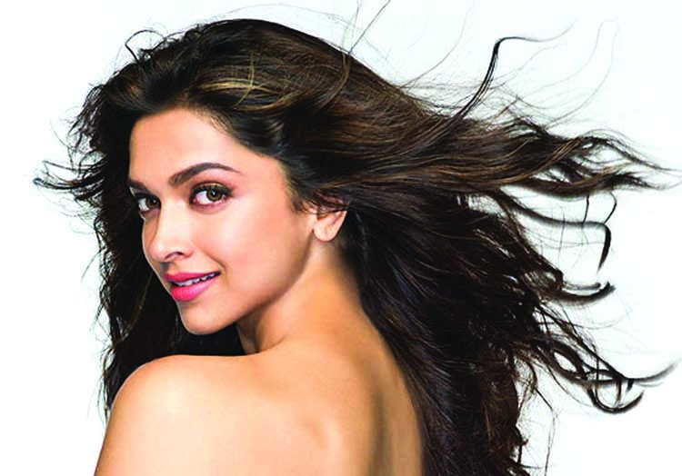 Deepika Padukone suggests her fans to watch this film