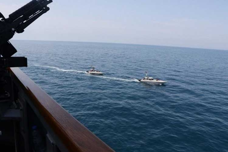 Iran's navy will continue activities in Gulf: Official