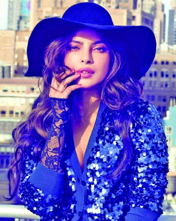 Priyanka makes surprise appearance in Nick's  new song