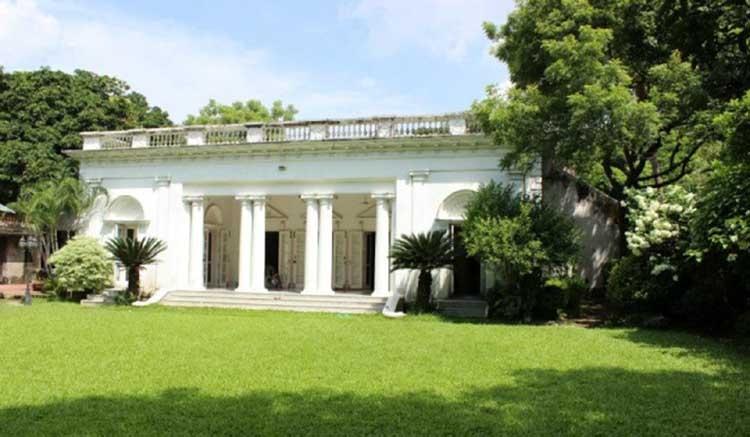 Monu Mia Zamindar House