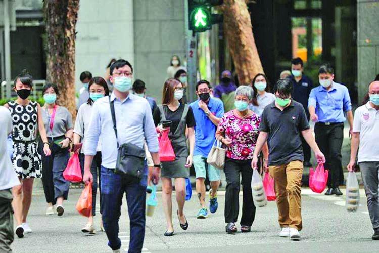 261 new coronavirus cases in Singapore, including 11 in community