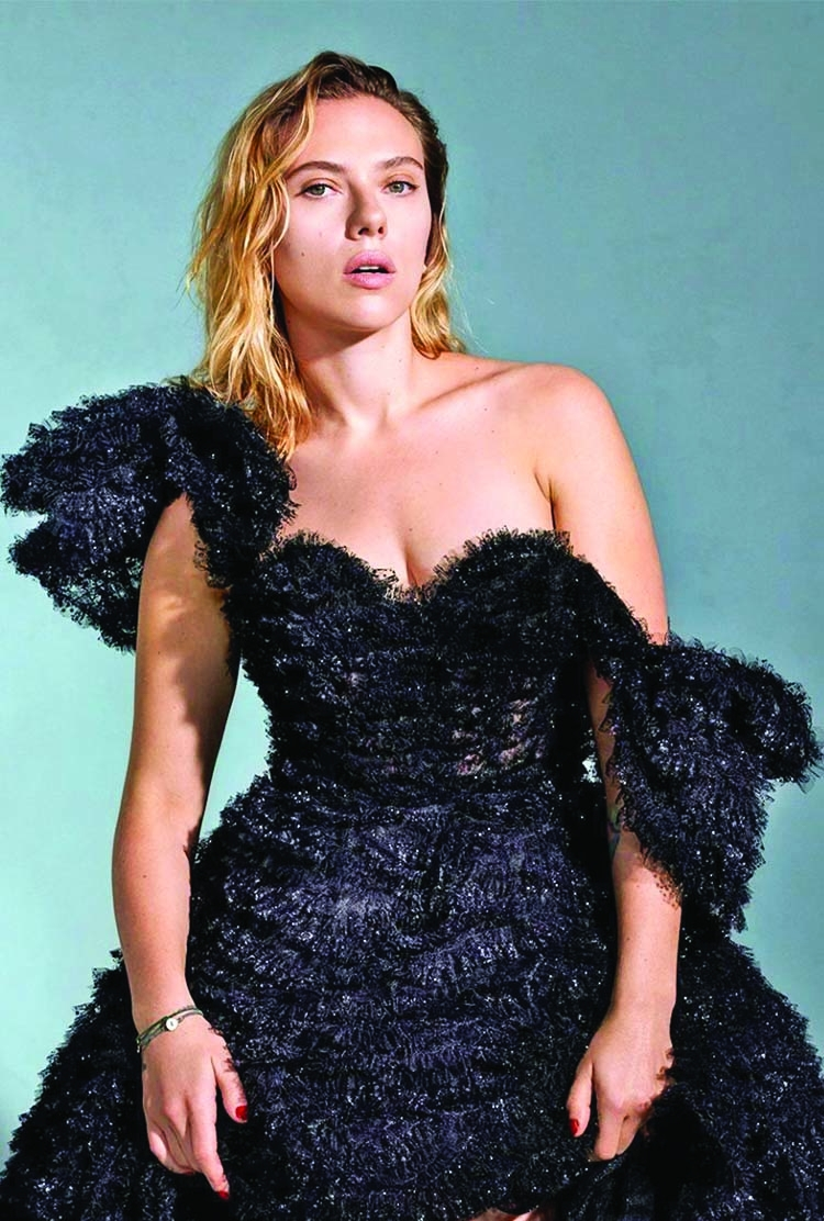 Scarlett faced rejection because of 'husky voice'