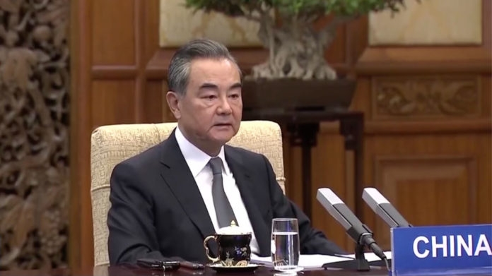 Chinese FM calls on China, Russia, India to work together