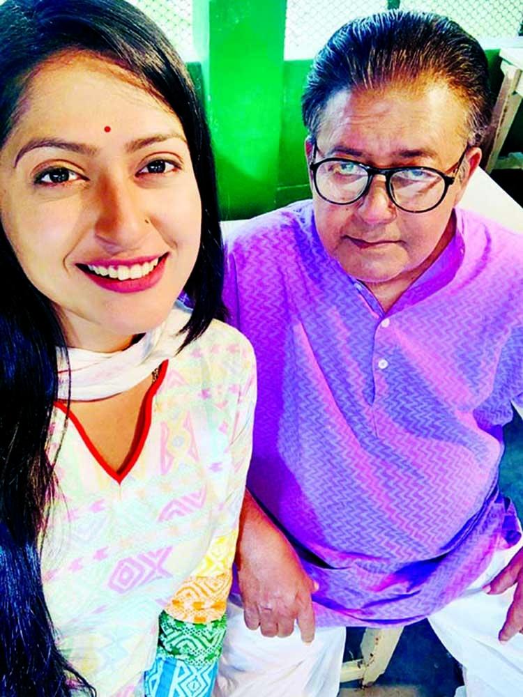 Brishti excited to work with Mamunur Rashid