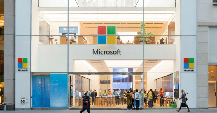 Microsoft to permanently close retail stores worldwide