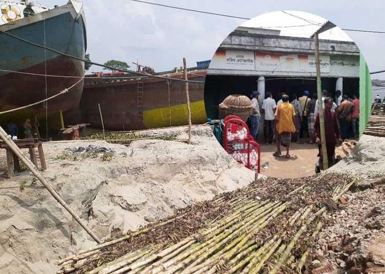 Aruail Bazar: Festival of grabbing govt land going on, authorities keep mum