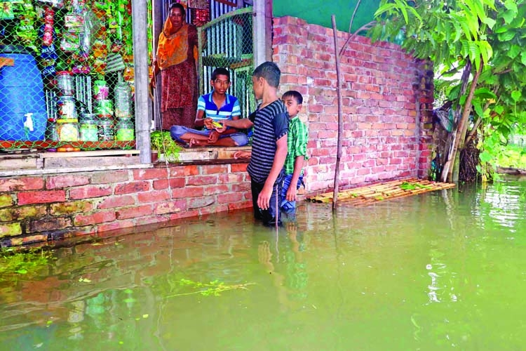 Flood situation worsens further in north