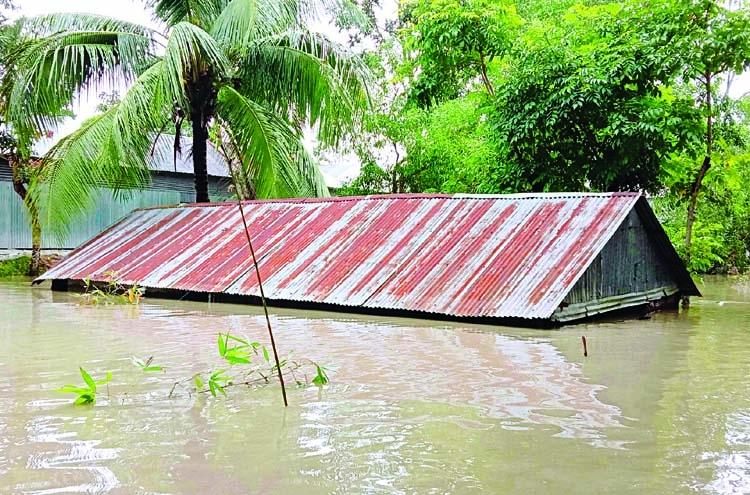 Overall flood situation worsens further