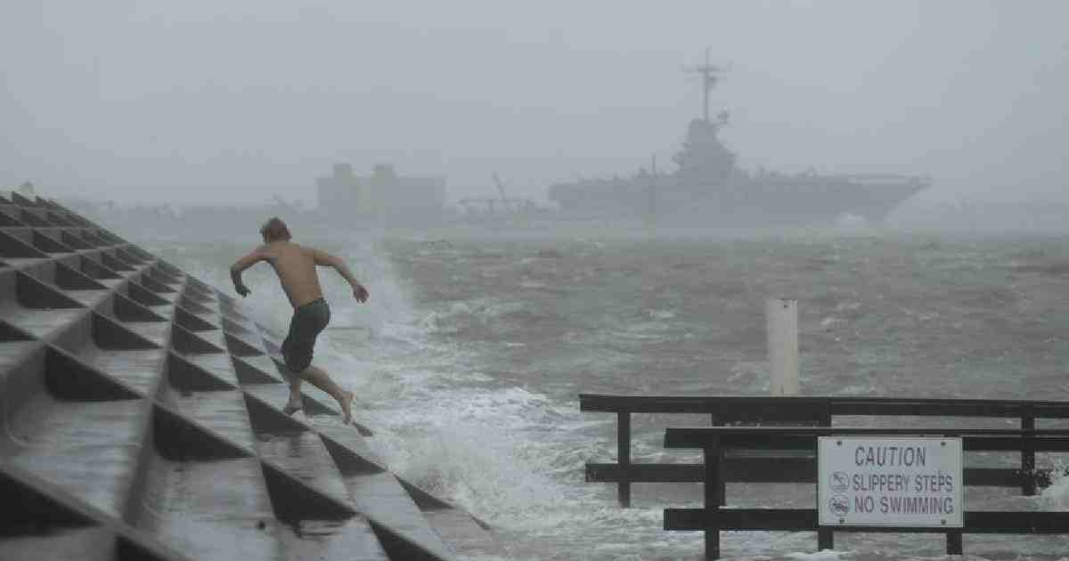 Hurricane Hanna hits Texas