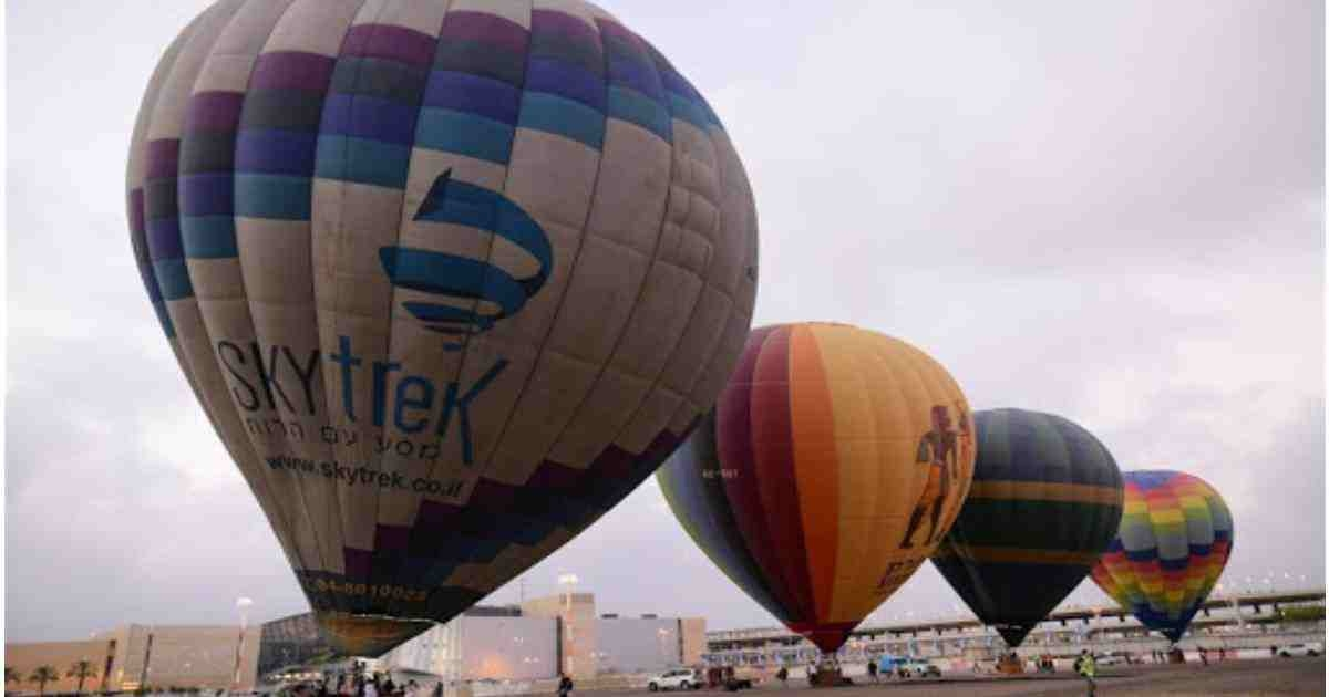 Hot air balloons take off at Israel int'l airport for the first time