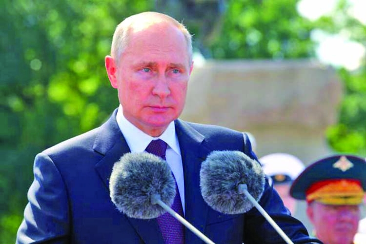 Russian navy to get hypersonic nuclear strike weapons: Putin