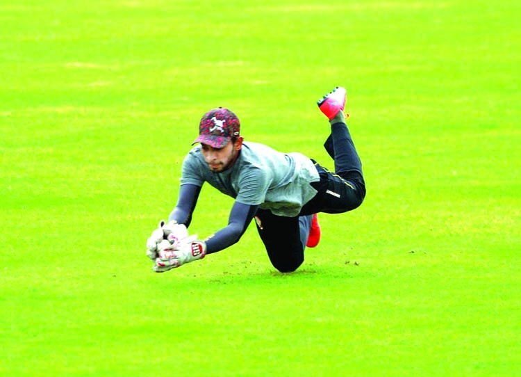 Cricketers to resume training after Eid break
