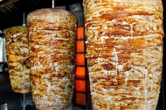 1 dead, over 800 sick in Jordan shawarma poisoning