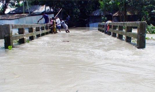 Water level in Ganges basin starts receding