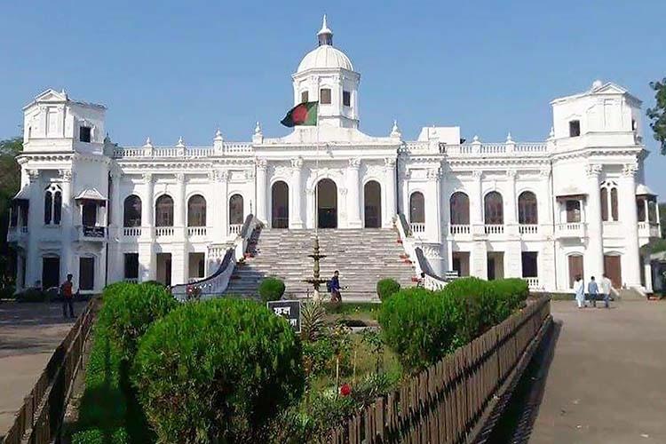 Tajhat Zamindar palace in Rangpur