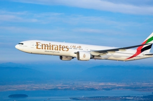 With eye on Israel, Emirates to produce kosher meals