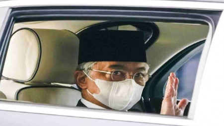 Malaysia's king rejects PM's proposal to declare emergency