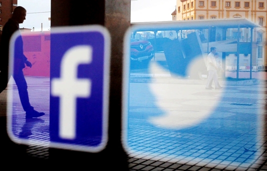 Facebook, Twitter CEOs back before Congress Tuesday