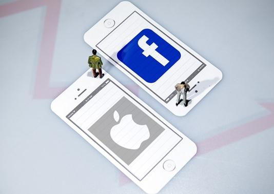 Apple, Facebook score with pandemic-hit consumers: profits surge