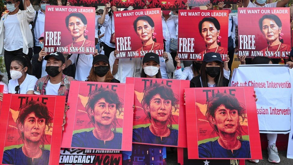 Myanmar's Suu Kyi faces new charge amid protests