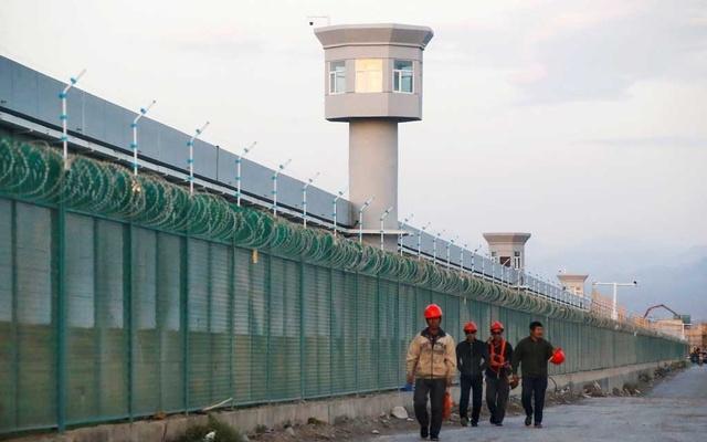 জিনজিয়াং আপত্তিজনক কারণে চীনকে নিষিদ্ধ করেছে পশ্চিম