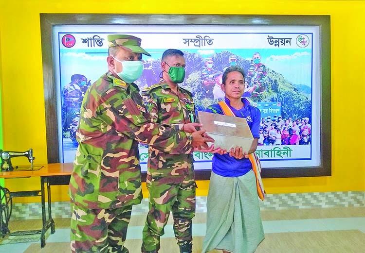 'সেনাবাহিনী পাহাড়ে সম্প্রীতি বজায় রাখতে কাজ করছে'