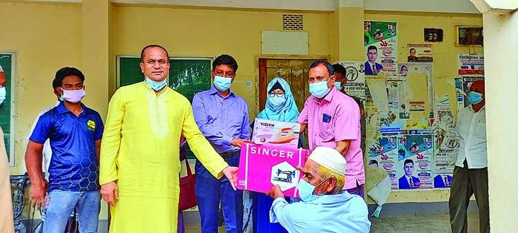 Fishermen get sewing machines in Ashuganj