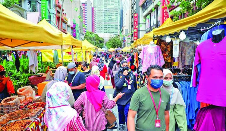 'Malaysia's Covid-19 daily case count may rise to 7,000 by end-May'