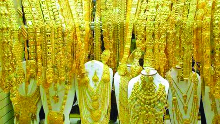 Gold prices soar by Tk 2,333 ahead of Eid