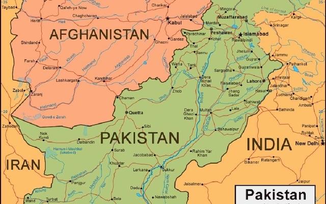 25 passenger killed in Pakistan train crash