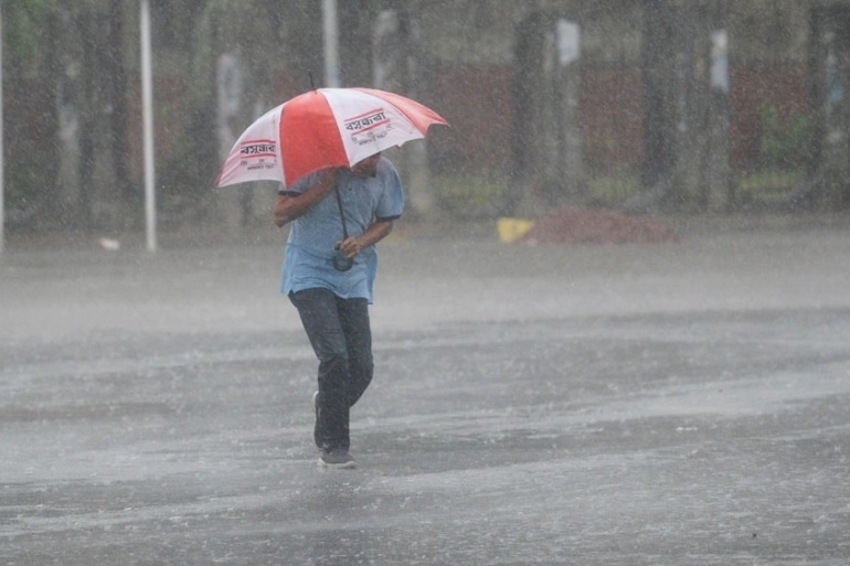 Light to moderately heavy falls forecasted over country