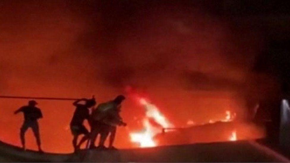 Dozens killed in Iraq Covid hospital blaze