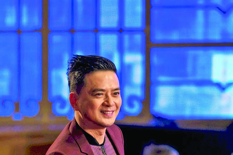 HK authorities arrest pro-democracy singer for 'corrupt conduct'